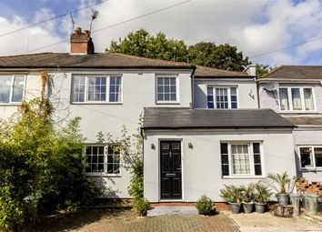 Thumbnail 5 bed property for sale in Staveley Gardens, London