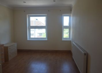 Thumbnail 3 bed flat to rent in Trinity Road, Wandsworth Common