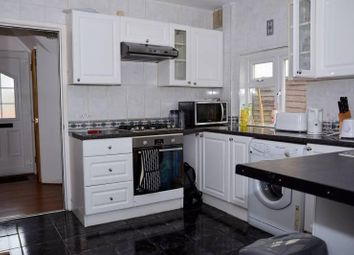 Thumbnail 2 bed shared accommodation to rent in Lavender Avenue, Mitcham