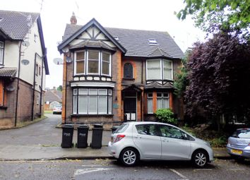 Thumbnail 1 bed flat to rent in 24 Studley Road, Luton