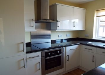 Thumbnail Flat to rent in Longacre Road, Singleton, Ashford