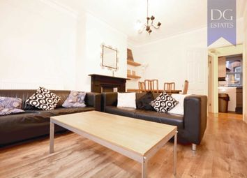 3 bed maisonette to rent in Sirdar Road, London N22