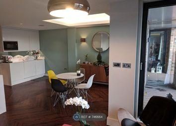 Room to rent in Penrose Street, London SE17