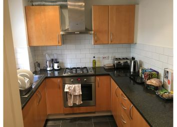 Thumbnail 3 bed terraced house to rent in Shoreditch, Brick Lane