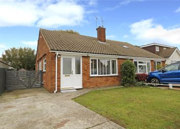 Thumbnail 2 bed bungalow for sale in Farm Way, Thundersley