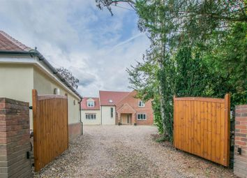 Thumbnail 5 bed detached house for sale in Admirals Walk, Hoddesdon