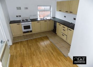 Thumbnail 1 bed flat to rent in Brierley Hill, West Midlands