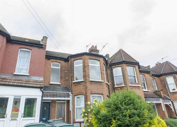 Thumbnail 3 bedroom flat for sale in North View Road, Hornsey