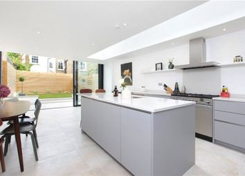 Thumbnail 5 bed property for sale in Ravenswood Road, Balham, London