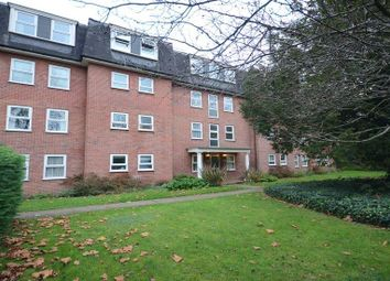 Thumbnail 2 bedroom flat to rent in Kendrick Road, Reading