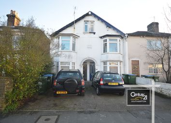2 bed flat to rent in |Ref: 1/76], Millbrook Road East, Southampton SO15