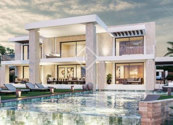 Thumbnail 4 bed villa for sale in Spain, Costa Del Sol, Marbella, Sierra Blanca / Nagüeles, Mrb14347