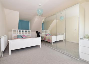 Thumbnail 3 bed town house for sale in Wykeham Street, Strood, Rochester, Kent