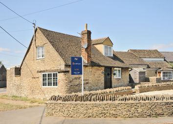 Thumbnail 2 bed cottage to rent in Millwood End, Long Hanborough, Witney