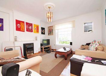 3 bed flat to rent in Newburn Street, London SE11