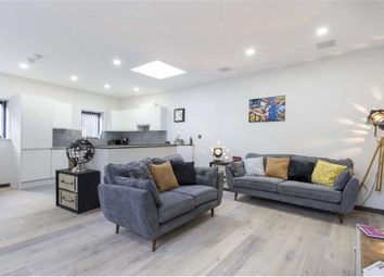 Thumbnail 2 bed town house to rent in Frognal, Hampstead, London