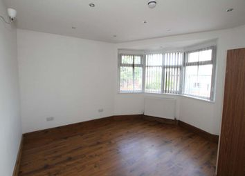 Thumbnail 2 bedroom flat to rent in Hollin Park Parade, Oakwood