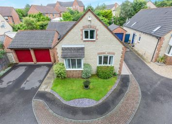 Thumbnail 4 bed detached house for sale in Poppylands, Bicester
