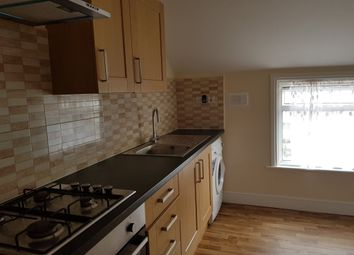 Thumbnail 1 bed flat to rent in Kitchener Road, London