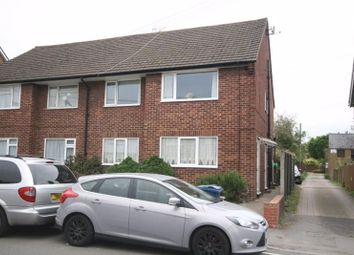 Thumbnail 2 bed flat to rent in Bellingdon Road, Chesham