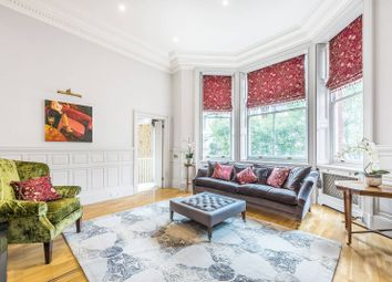Thumbnail 3 bed flat for sale in Cadogan Square, Chelsea