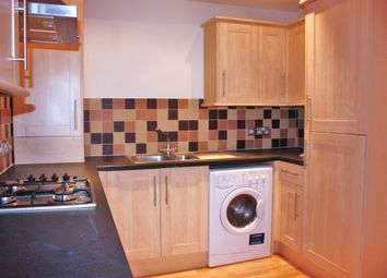 Thumbnail 1 bed flat to rent in Birdhurst Rise, South Croydon