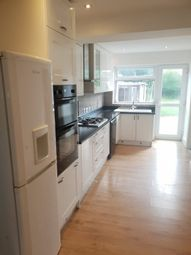 Thumbnail Room to rent in Croydon Rd, Croydon, London