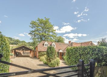 Checkendon, South Oxfordshire RG8. 4 bed detached house