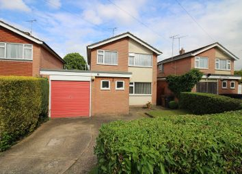 Thumbnail 3 bed detached house for sale in Elm Close, Great Baddow, Chelmsford