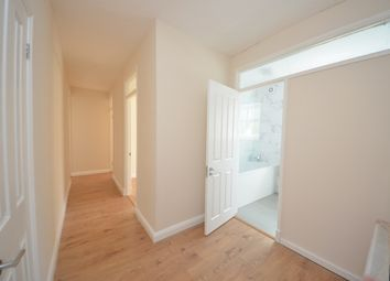 Thumbnail 3 bed flat to rent in Ingle Court, Kings Avenue, London
