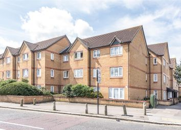 2 bed flat for sale in Brancaster Road, Ilford IG2