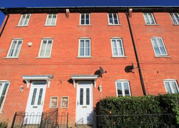 Thumbnail 4 bed property to rent in Horsa Gardens, Hatfield