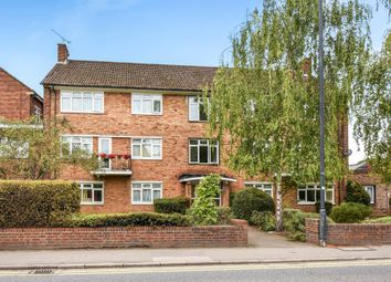 Thumbnail 3 bedroom flat to rent in Marlow Road, Maidenhead