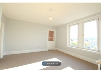 3 bed flat to rent in Court Street, Dundee DD3