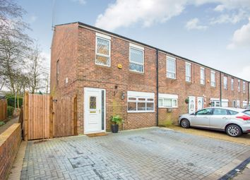Thumbnail 4 bed town house for sale in Hackney Close, Borehamwood