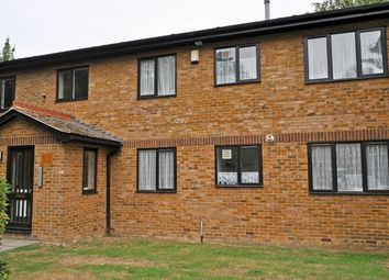 Thumbnail 1 bed flat to rent in Meresborough Road, Rainham