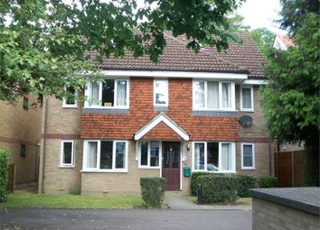 Thumbnail 2 bed flat to rent in Brighton Road, Coulsdon
