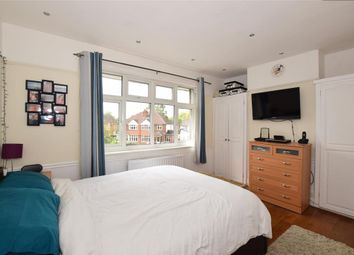 Thumbnail 1 bed flat for sale in Cobham Road, Fetcham, Surrey