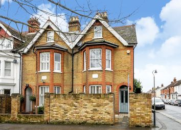 Thumbnail 2 bed property to rent in Monument Green, Weybridge, Surrey