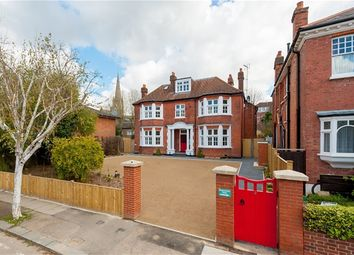 Thumbnail 2 bed flat for sale in Gaynesford Road, London
