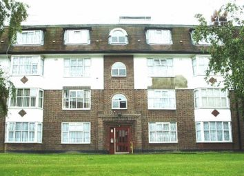 Thumbnail 2 bed flat for sale in Crest Road, London