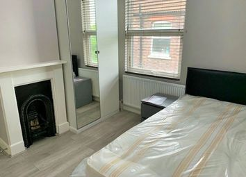 Thumbnail Room to rent in Clarendon Road, London