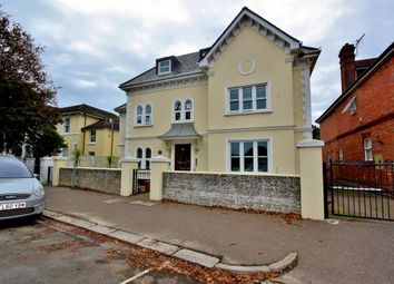 Thumbnail 2 bedroom flat to rent in Selden Road, Worthing