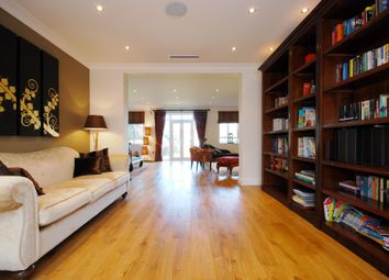 Thumbnail 5 bedroom detached house to rent in Sheen Road, Richmond