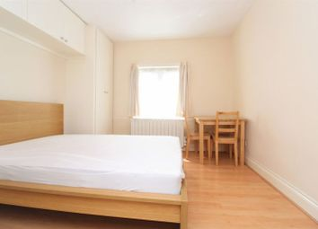 Room to rent in Cranbrook Park, Wood Green N22