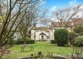 Thumbnail 2 bed cottage for sale in Mill Road, Blofield, Norwich