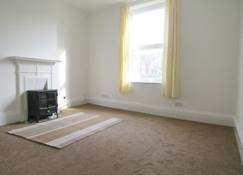 Thumbnail 1 bed flat to rent in Carter Avenue, Halton, Leeds