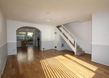 Thumbnail 3 bedroom detached house to rent in Court Wood Lane, Forestdale, Croydon
