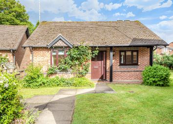 Henley On Thames, South Oxfordshire Market Town RG9. 2 bed detached bungalow