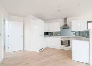 Thumbnail 1 bed flat to rent in Tufnell Park Road, London